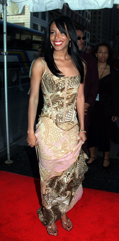 . Singer Aaliyah arrives for the 2001 Essence Awards, Friday, April 27, 2001, at New York\'s Madison Square Garden. (AP Photo/Darla Khazei)