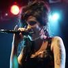 72535187SJ003_Winehouse
