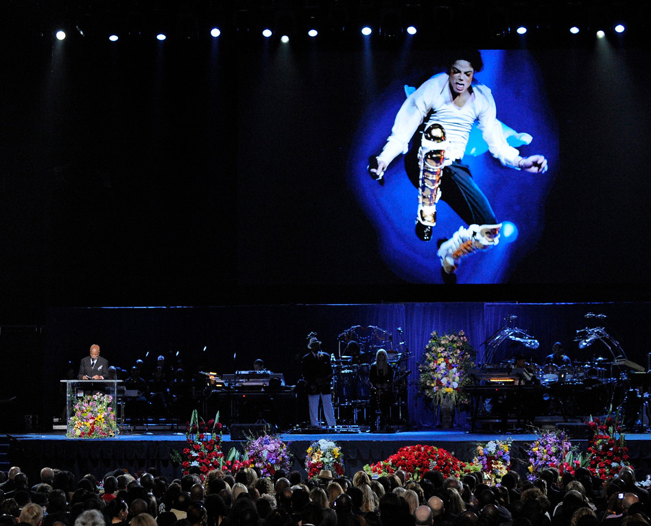 . Producer Berry Gordy speaks during the memorial service for Michael Jackson at the Staples Center in Los Angeles, Tuesday, July 7, 2009. (AP Photo/Mark J. Terrill, Pool)
