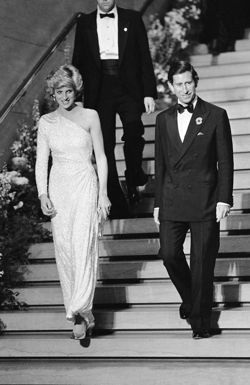 . Prince Charles and Princess Diana depart the National Gallery of Art after a dinner in their honor in Washington on Nov. 11, 1985. (AP Photo/J. Scott Applewhite)