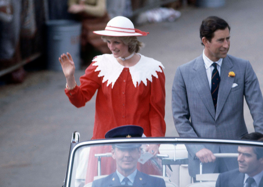 . Princess Diana waves to the crowd as she and Prince Charles visit Renmark in southern Australia\'s Riverland area, April 6, 1983. (AP Photo/Dave Caulkin)