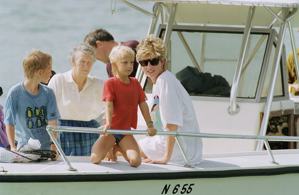 . Princess Diana and sons Harry and William at Banana Bay Beach, St. Kitts W.I., on Jan. 4, 1993. (AP Photo/Richard Drew)