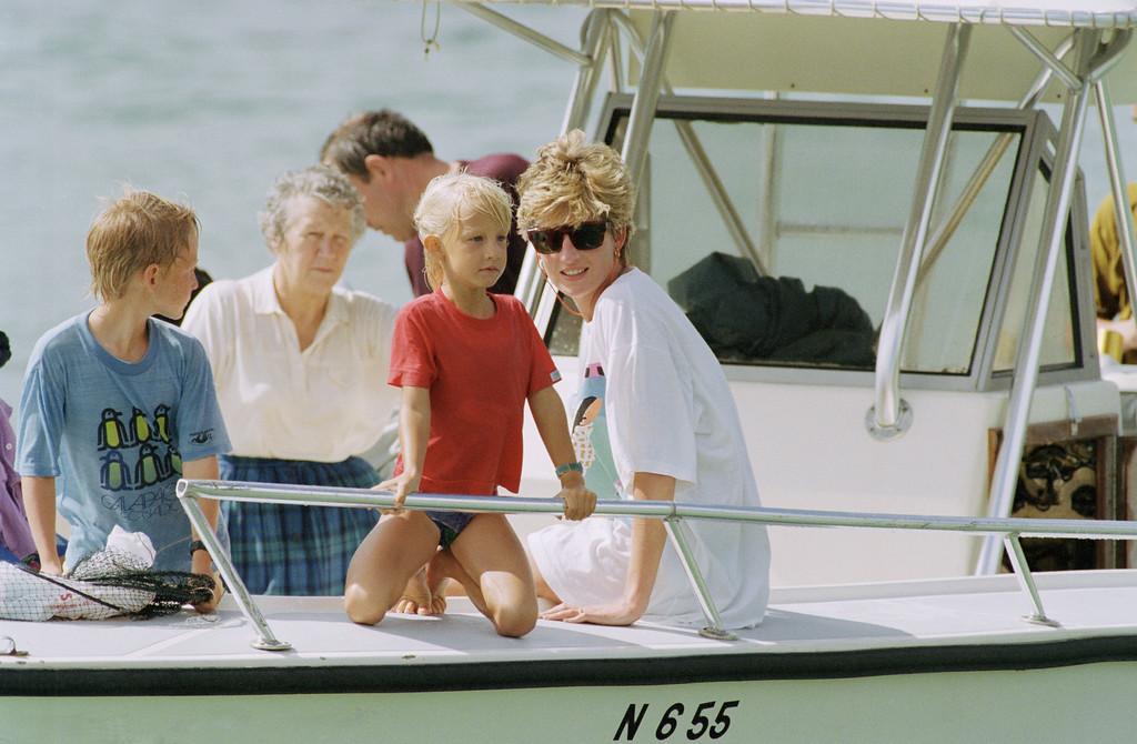 . Princess Diana and sons Harry and William at Banana Bay Beach, St. Kitts W.I., on Jan. 4, 1993. (AP Photo/Richard Drew)
