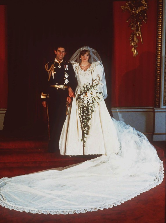 . Princess Diana and Prince Charles pose for their official wedding photograph in London on July 29, 1981. (AP Photo)