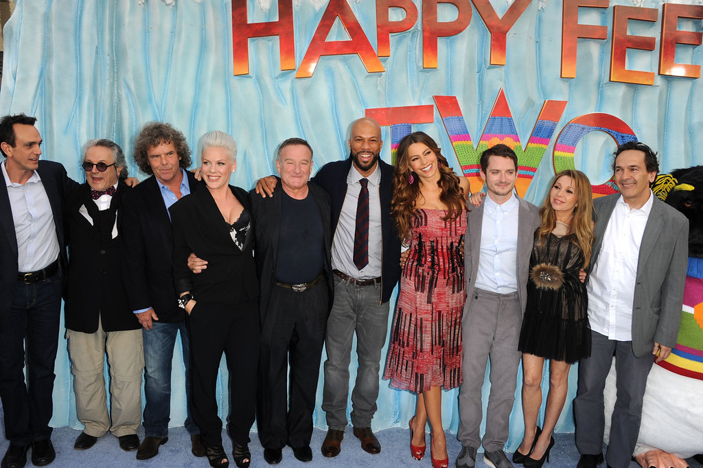 ". (L-R) Actor Hank Azaria, director/producer George Miller, producer Doug Mitchell, actors  Alecia Beth Moore, Robin Williams, Common, Sofia Vergara, EG Daily, and Producer Bill Miller attend the Premiere of Warner Bros. Pictures\' ""Happy Feet Two\"" at Grauman\'s Chinese Theatre on November 13, 2011 in Hollywood, California.  (Photo by Kevin Winter/Getty Images)"