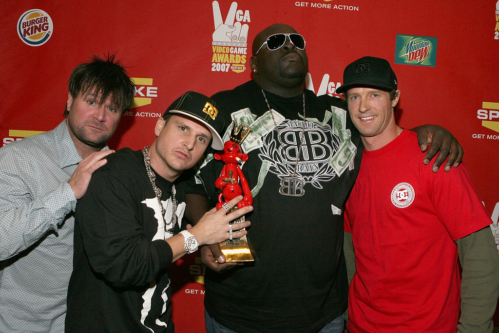 ". LAS VEGAS - DECEMBER 07:  ""Skate\"" creator Big Black (2nd from R) and his team pose backstage at Spike TV\'s 2007 \""Video Game Awards\"" at the Mandalay Bay Events Center on December 7, 2007 in Las Vegas, Nevada.  (Photo by Frazer Harrison/Getty Images for Spike TV)"