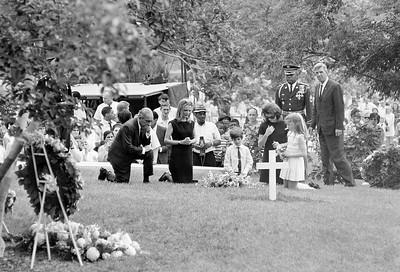 Robert F Kennedy Grave 1968