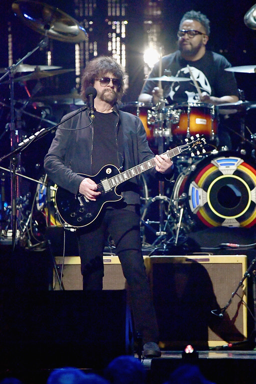 . NEW YORK, NY - APRIL 07:  2017 Inductee of ELO performs onstage at the 32nd Annual Rock & Roll Hall Of Fame Induction Ceremony at Barclays Center on April 7, 2017 in New York City. The event will broadcast on HBO Saturday, April 29, 2017 at 8:00 pm ET/PT  (Photo by Mike Coppola/Getty Images)
