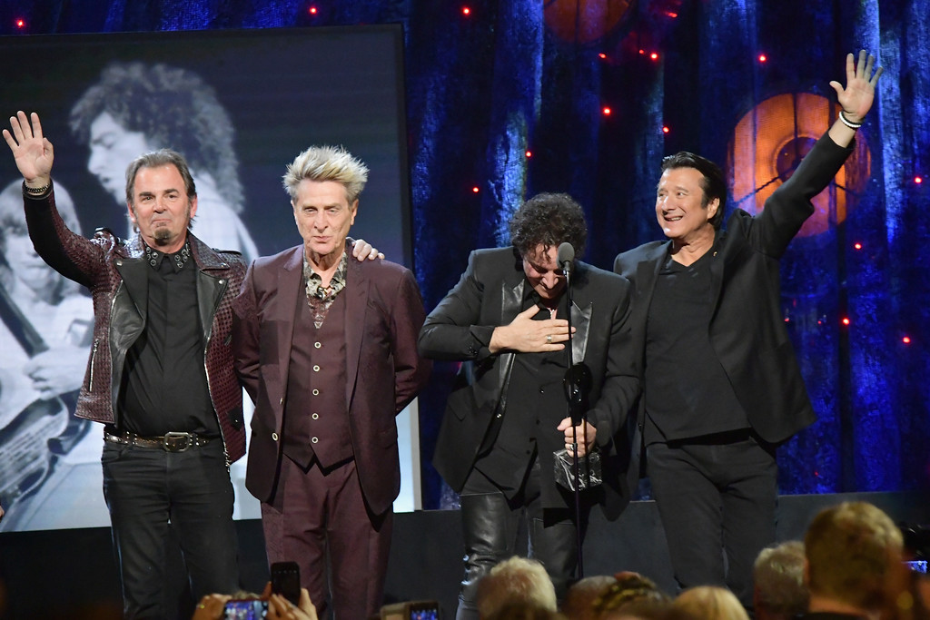 . NEW YORK, NY - APRIL 07: (L-R) Inductees Jonathan Cain, Ross Valory, Neal Schon, and Steve Perry of Journey onstage at the 32nd Annual Rock & Roll Hall Of Fame Induction Ceremony at Barclays Center on April 7, 2017 in New York City. The event will broadcast on HBO Saturday, April 29, 2017 at 8:00 pm ET/PT  (Photo by Mike Coppola/Getty Images)