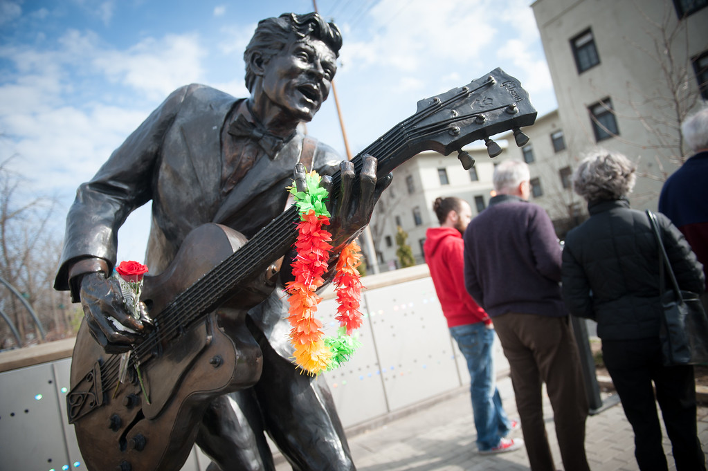 . UNIVERSITY CITY, MO - MARCH 19:  The statue of singer and musician Chuck Berry serves as a memorial as people stop to pay their respects to the music legend in University City, Missouri, on March 19, 2017. The rock \'n\' roll pioneer died on Saturday at the age of 90 at his home in a suburb of St. Louis, Missouri. (Photo by Michael B. Thomas/Getty Images)