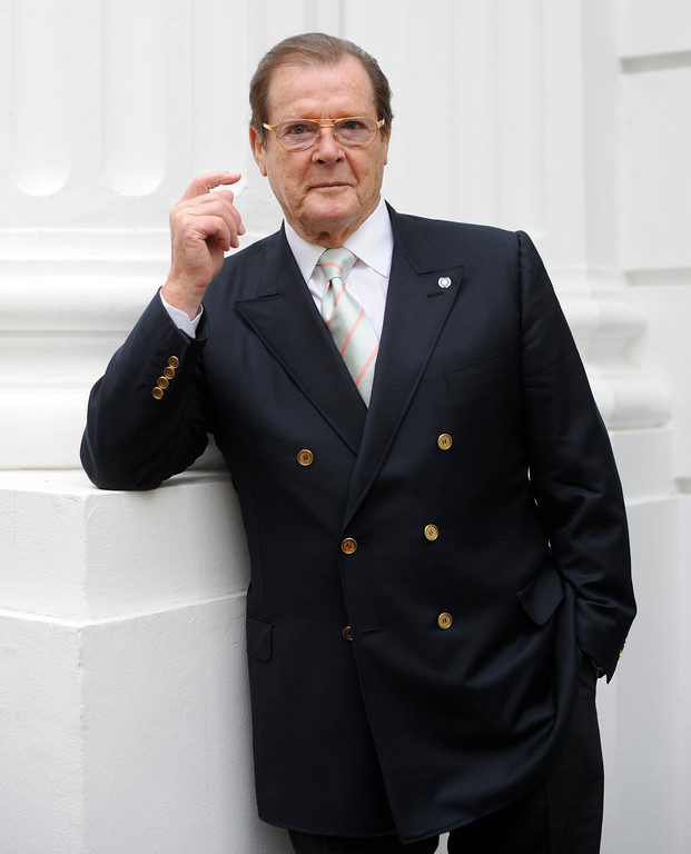 . British actor Roger Moore poses for a portrait during an interview with the Associated Press in Hamburg, northern Germany, on Wednesday, June 3, 2009. (AP Photo/Fabian Bimmer)