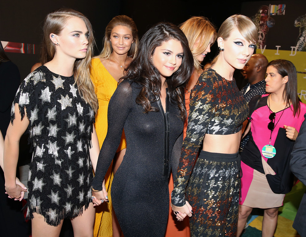 . Cara Delevingne, from left, Gigi Hadid, Selena Gomez and Taylor Swift arrive at the MTV Video Music Awards at the Microsoft Theater on Sunday, Aug. 30, 2015, in Los Angeles. (Photo by Matt Sayles/Invision/AP)