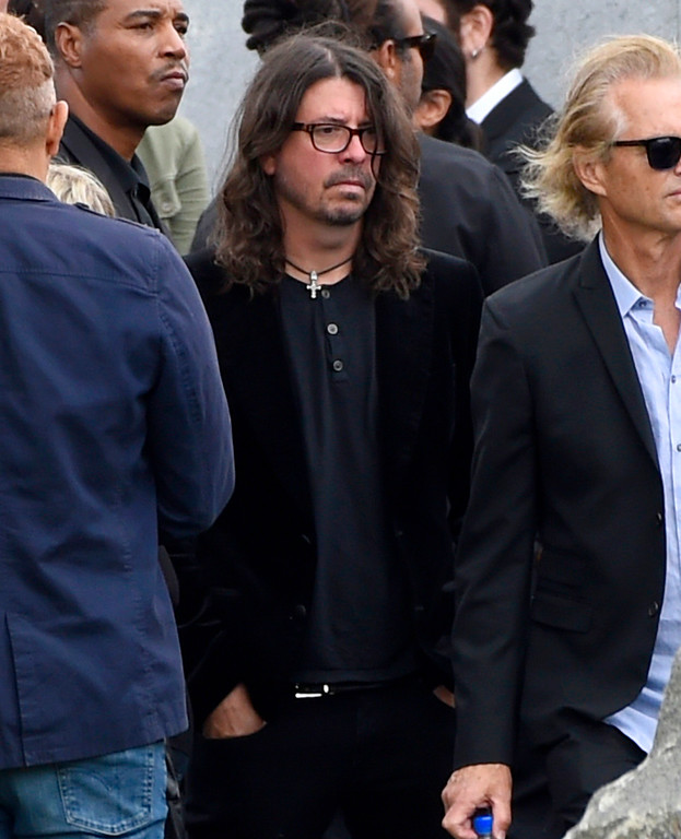 . Dave Grohl, of Foo Fighters, attends a funeral for Chris Cornell at the Hollywood Forever Cemetery on Friday, May 26, 2017, in Los Angeles. (Photo by Chris Pizzello/Invision/AP)