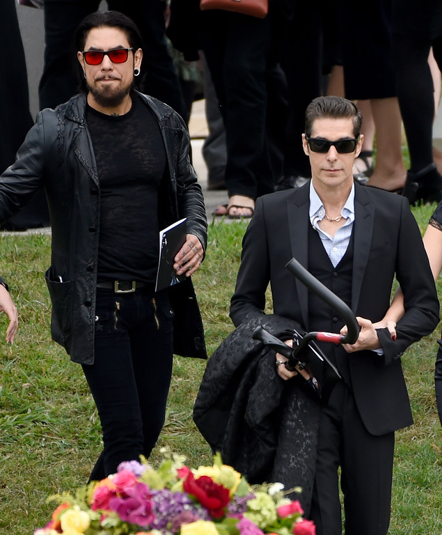 . Dave Navarro, left, and Perry Farrell attend a funeral for Chris Cornell at the Hollywood Forever Cemetery on Friday, May 26, 2017, in Los Angeles. (Photo by Chris Pizzello/Invision/AP)