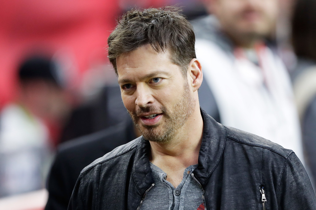 . HOUSTON, TX - FEBRUARY 05:  Harry Connick Jr. looks on prior to Super Bowl 51 between the New England Patriots and the Atlanta Falcons at NRG Stadium on February 5, 2017 in Houston, Texas.  (Photo by Jamie Squire/Getty Images)