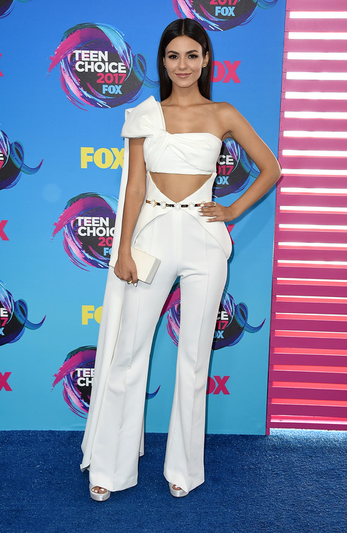 . Victoria Justice arrives at the Teen Choice Awards at the Galen Center on Sunday, Aug. 13, 2017, in Los Angeles. (Photo by Jordan Strauss/Invision/AP)