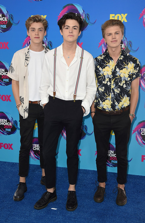 . New Hope Club arrives at the Teen Choice Awards at the Galen Center on Sunday, Aug. 13, 2017, in Los Angeles. (Photo by Jordan Strauss/Invision/AP)