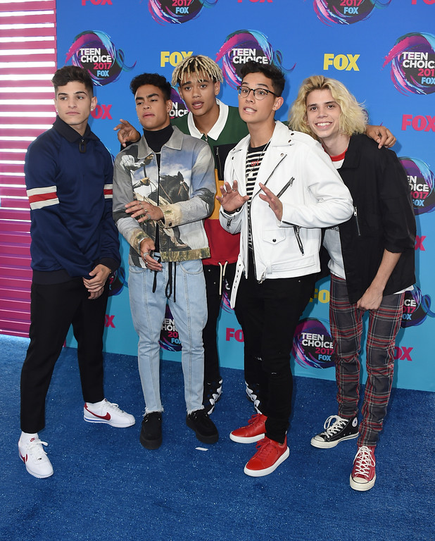 . PRETTYMUCH arrives at the Teen Choice Awards at the Galen Center on Sunday, Aug. 13, 2017, in Los Angeles. (Photo by Jordan Strauss/Invision/AP)