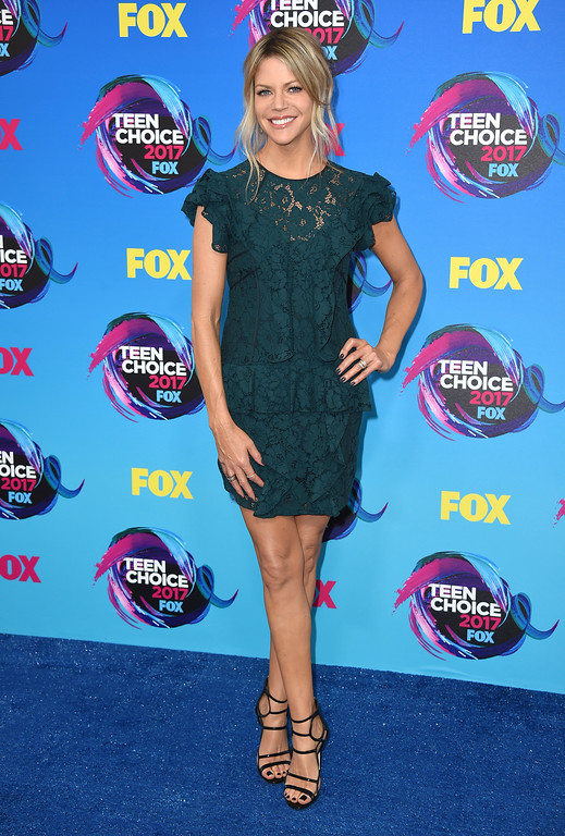 . Kaitlin Olson arrives at the Teen Choice Awards at the Galen Center on Sunday, Aug. 13, 2017, in Los Angeles. (Photo by Jordan Strauss/Invision/AP)