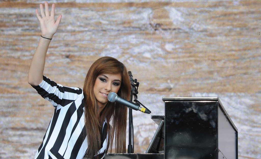 . LONDON, UNITED KINGDOM - JUNE 13: Christina Grimmie performing at agit8 at Tate Modern, ONE\'s campaign ahead of the G8 at Tate Modern on June 13, 2013 in London, England. (Photo by Stuart C. Wilson/Getty Images)