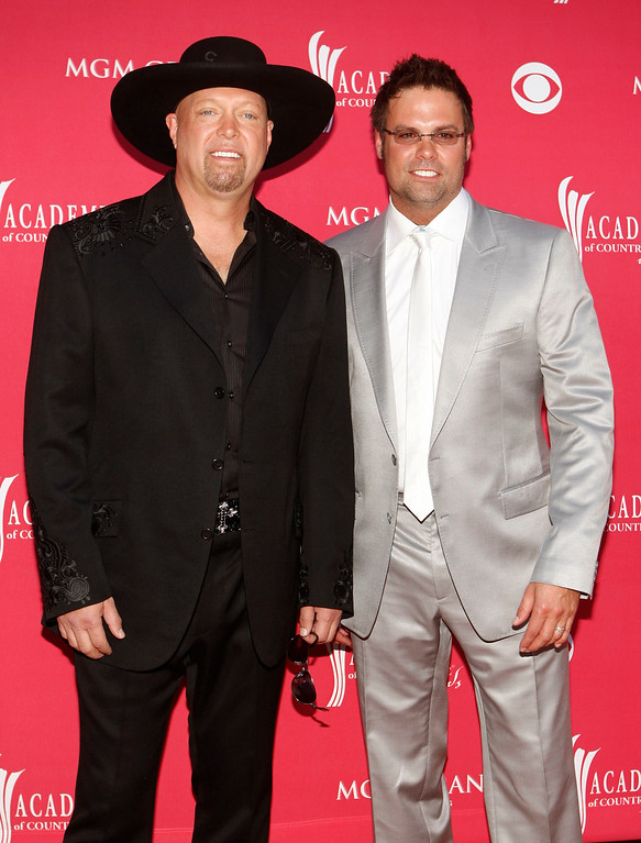 . Eddie Montgomery, left, and Troy Gentry, of Montgomery Gentry arrive at the 43rd Annual Academy of Country Music Awards on Sunday, May 18, 2008, in Las Vegas. (AP Photo/Isaac Brekken)