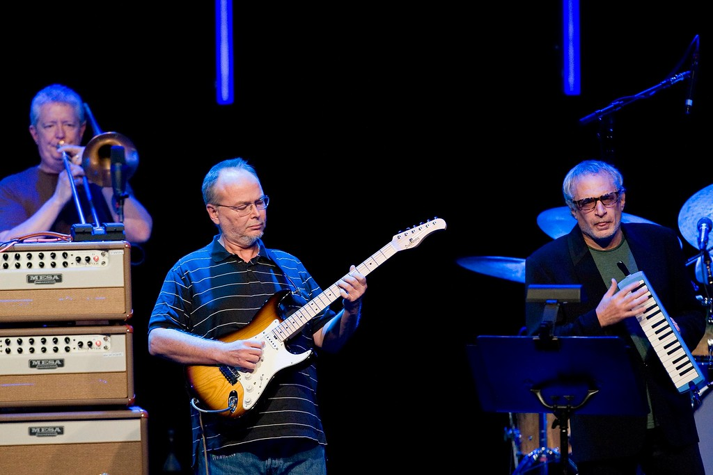 . Jim Pugh, left, Walter Becker, center, and Donald Fagen, right, of U.S. rock group Steely Dan performs in the Stravinski Hall stage at the 43nd Montreux Jazz Festival, in Montreux, Switzerland, Saturday, July 4, 2009. (AP Photo/Keystone, Jean-Christophe Bott)
