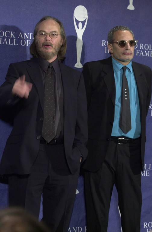 . Walter Becker, left, and Donald Fagen of Steely Dan speak back stage at the 16th Annual Rock and Roll Hall of Fame Induction Dinner Monday, March 19, 2001 in New York. (AP Photo/Ed Betz)