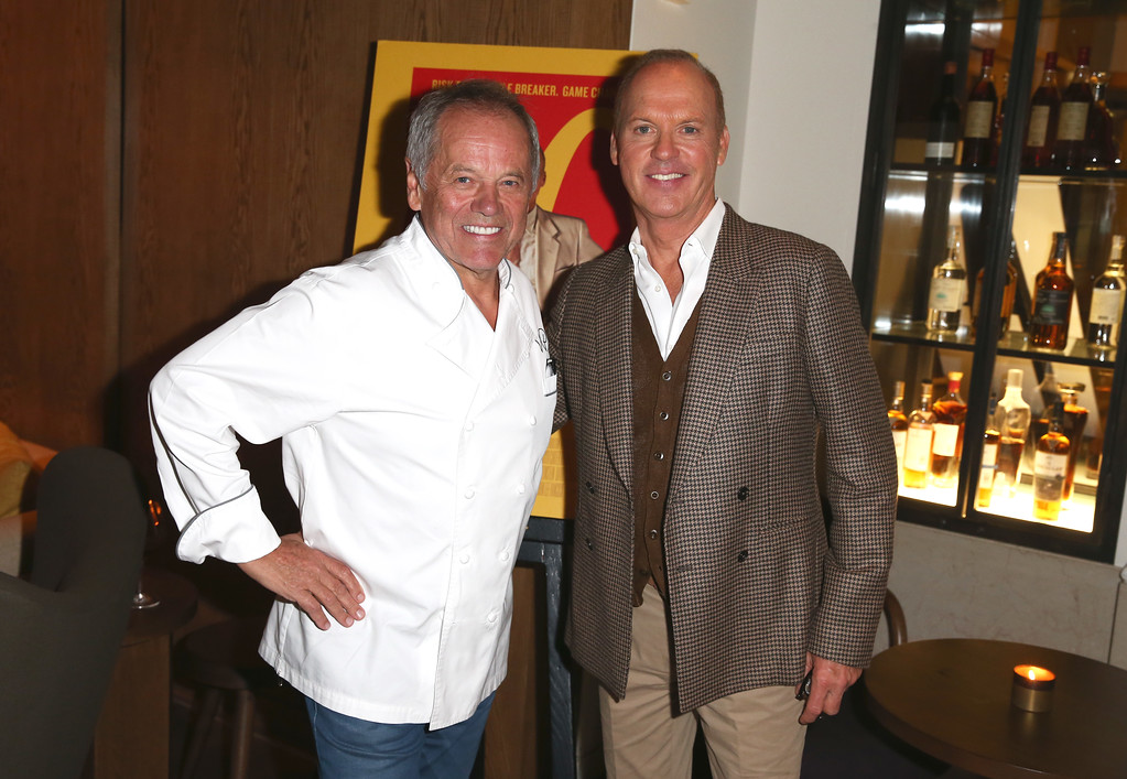 . BEVERLY HILLS, CA - JANUARY 04:  Celebrity chef Wolfgang Puck and actor Michael Keaton attend The Weinstein Company, Brian Grazer and Casamigos Tequilas celebration for Michael Keaton at Wolfgang Puck\'s CUT Lounge on January 4, 2017 in Beverly Hills, California.  (Photo by Joe Scarnici/Getty Images for CASAMIGOS Tequila )