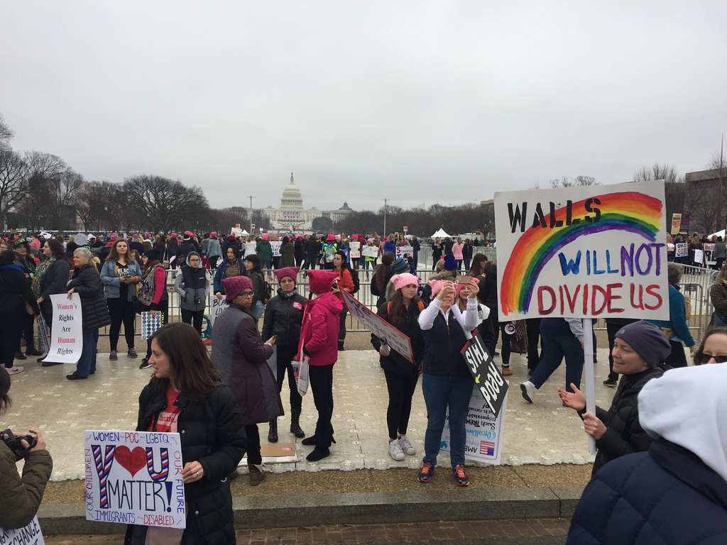. Demonstrators arrive on the National Mall in Washington, DC, for the Women\'s march on January 21, 2017. Hundreds of thousands of protesters spearheaded by women\'s rights groups demonstrated across the US to send a defiant message to US President Donald Trump. ( ANDREW CABALLERO-REYNOLDS/AFP/Getty Images)