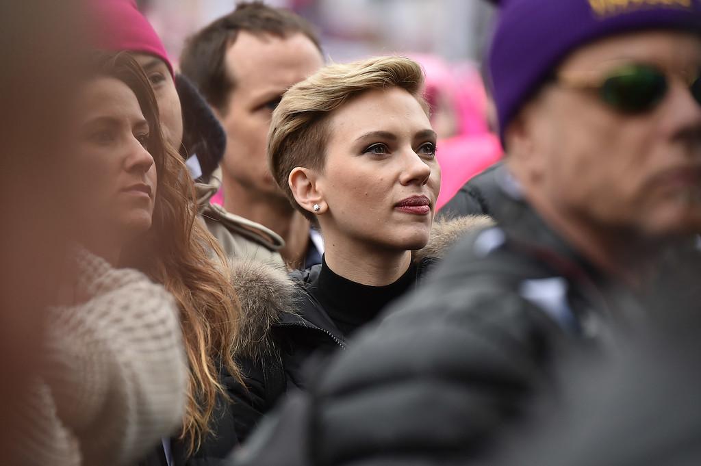 . WASHINGTON, DC - JANUARY 21:  Scarlett Johansson attends the Women\'s March on Washington on January 21, 2017 in Washington, DC.  (Photo by Theo Wargo/Getty Images)