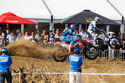 Paulin jumped high and immediately goes after Ferris