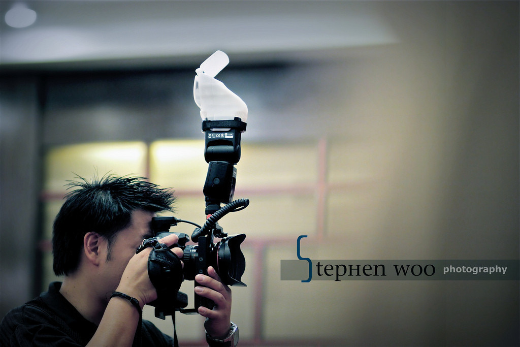 """Welcome to My Photo Galleries<br /> <br /> My name is Stephen Woo. I am a Television Producer, a Director, a Photographer, a Videographer, a Cinmatographer, an Editor …..<br /> <br /> As a Television production director, my career requires me travel around the world for program productions.  I have visited more than 200 cities from over 40 countries. The programs that I have produced have been televised weekly all over the 5 continents, estimating over 60 countries. They can also be fetched at your finger tip on YouTube.  <br /> <br /> Camera sticks are like a part of my body<br /> I hold camera more than I eat<br /> make images more than breaths<br /> Photography is my passion and my life<br /> <br /> Having been to different places around the world I have found this awesome discovery: The Globe is SMALL, but the World is BIG.  Today, it only takes little travelling hours to transport you from one place of the world to another. Yet it would take thousands of years to discover the splendour of the earth.  <br /> <br /> Twenty years in my Photo journey is not enough for I know there are still many miles to go. I want to do better, I need comments to improve. I like to meet BIG people who are knowledgeable, who are exploratory, from around the world to help a LITTLE me to build milestones in my life journey. <br /> <br /> I cordially invite your comments. <br /> <br /> <br /> <br /> 胡斯翰是我的名字,『胡思亂想』是我的個性,『胡斯亂相』是我的摰愛。<br /> <br /> 作為一位電視製作總監,背負着每星期一輯的電視節目,所以我經常要離家出走到地球的東西南北,有幸地看過、體驗超過40個國家、200多個城市的不同。來去怱怱之間,我總情不自禁地按動那經常貼在身上的快門。一絲光影,瞬間幻變,烙印心間,化為影像。漸漸,我按下快門的次數比呼吸還要多,舉起相機的次數比筷子總要密。<br /> <br /> 拍攝工作令我領悟出一句話:「地球並不很大,世界卻無邊際。」由洲到洲、點到點,只差小時的多寡,但能了解奇妙的大千世界,豈只用上千年!<br /> <br /> 『胡斯亂相』,期待各式各樣的生命好奇者到訪,交換你的見聞,為大千世界中渺小的胡斯翰,在胡思亂想之際帶來一些啟發。<br /> <br /> Stephen Woo 胡斯翰<br /> Toronto, Canada<br /> <br /> stephengwoo@yahoo.ca<br /> stephen@c3productions.ca<br /> <br /> <br /> <a href=""""http://www.stephenwoo.com"""">http://www.stephenwoo.com</a>"""