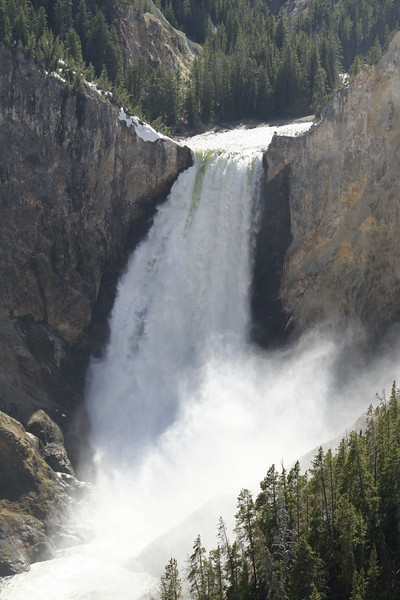 LOWER YELLOWSTONE FALLS IN THE GRAND CANYON OF THE YELLOWSTONE.