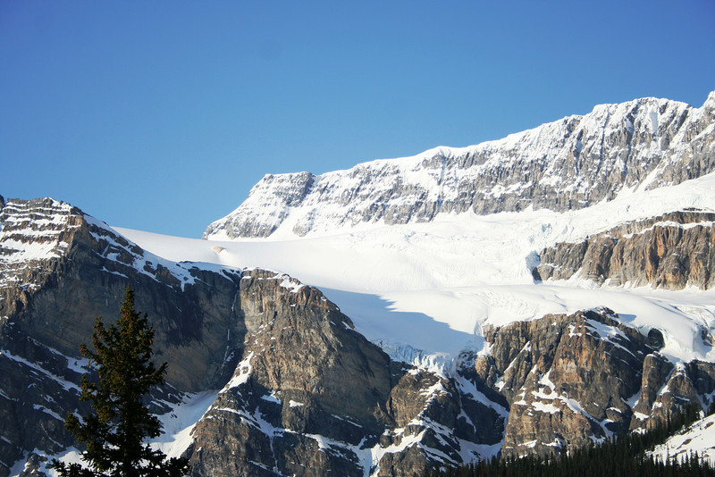 PART OF THE COLUMBIA ICE FIELD IN THECANADIAN ROCKIES