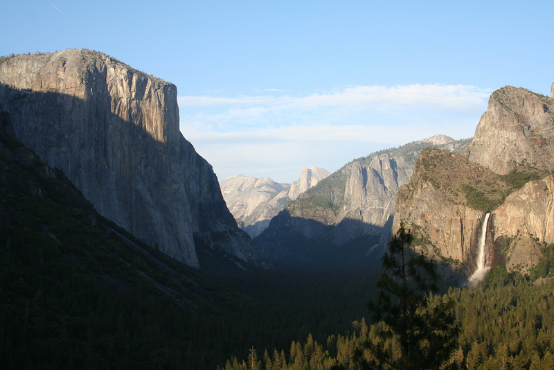 NEAR SUNSET AT THE TUNNEL VIEW & BRIDAL VEIL FALLS IN YOSEMITE