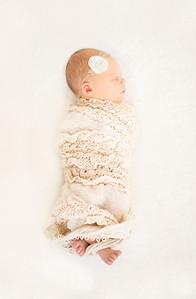 Leila,Newborn-21