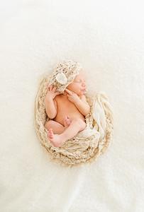 Leila,Newborn-34
