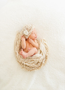 Leila,Newborn-33