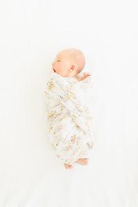 Leila,Newborn-1