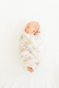 Leila,Newborn-3