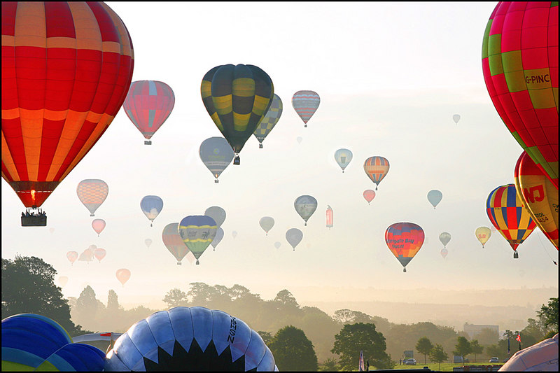 Morning Rush Hour  <br /> <br /> Hot Air Balloon Fiesta 2005<br /> <br /> 2nd Prize winner Three Counties Photographic Competition Keele University Staffordshire 2006
