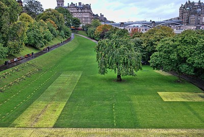 Edinburgh... ->