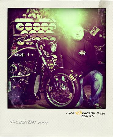 "TATO T-CUSTOM, 11/2009<br /> <br />  <a href=""http://www.t-custom.it"">http://www.t-custom.it</a>"