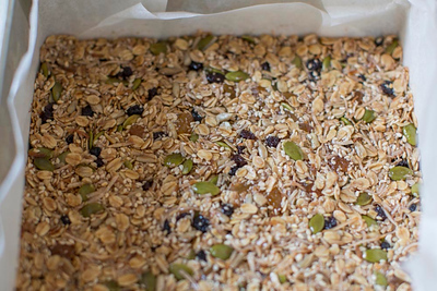 Day 185: No bake, nut free muesli bar (Well Nourished)