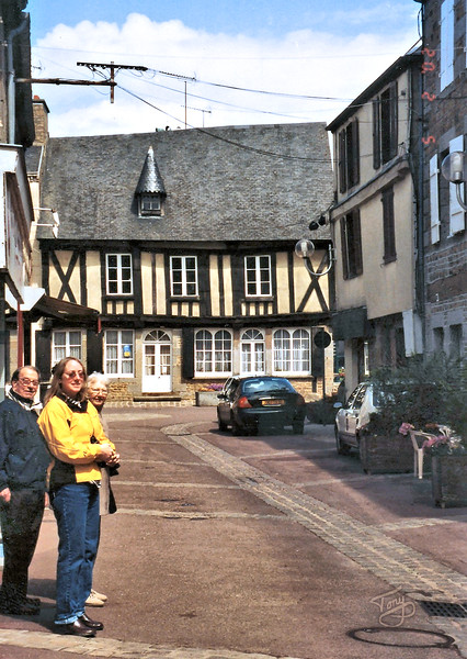 Avranches - 2002 - Approchant la Place du Marché - Maison de l'Artisanat