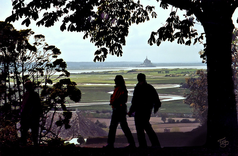 """<html>Avranches 2002 - Jardin des Plantes - Silhouettes over the Mont-Saint-Michel <a title=""""godaddy counter"""" href=""""http://statcounter.com/godaddy_website_tonight/"""" target=""""_blank""""><img style=""""display:none;"""" src=""""http://c.statcounter.com/2514080/0/73d54fdc/0/"""" alt=""""godaddy counter""""></a></html>"""