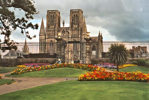 Avranches 2002 - Jardin des Plantes - Notre Dame des Champs