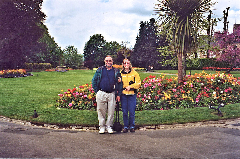 "<html>Avranches 2002 - Jardin des Plantes - Tony and Judy <a title=""godaddy counter"" href=""http://statcounter.com/godaddy_website_tonight/"" target=""_blank""><img style=""display:none;"" src=""http://c.statcounter.com/2514080/0/73d54fdc/0/"" alt=""godaddy counter""></a></html>"