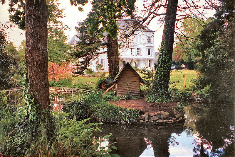 Avranches 2002 - les Mares - Duck Pond and Chateau