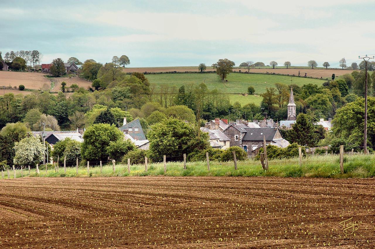 Saint-Benoit - 2009 - small town near Saint-James